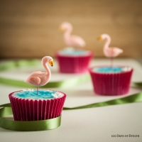 Cupcake Decorating: Flamingo Cupcakes