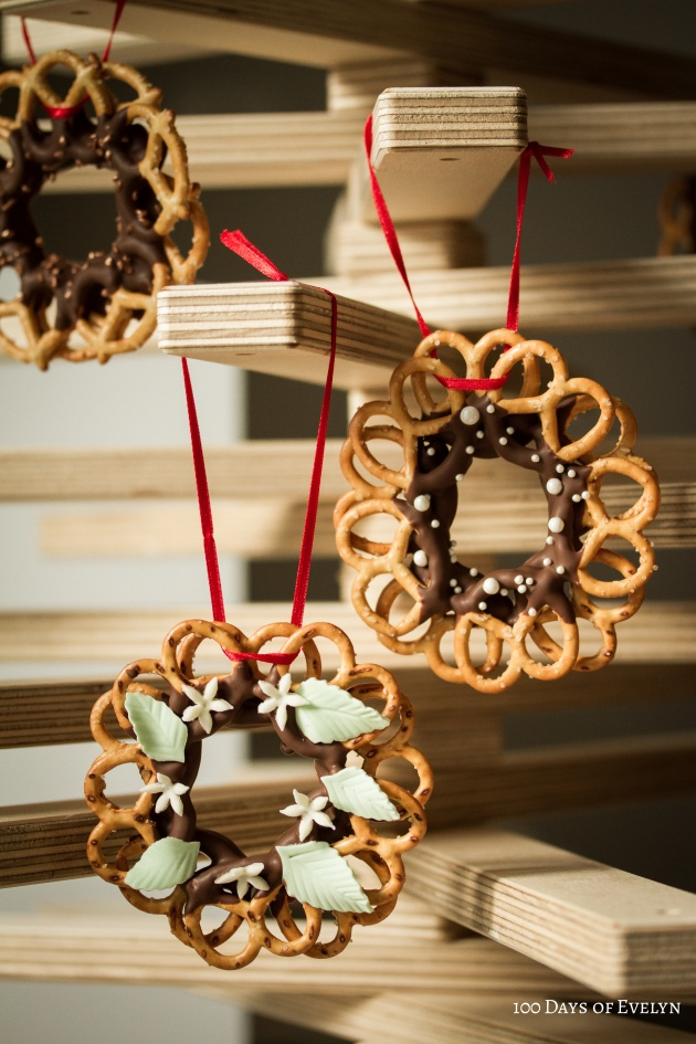 Christmas Pretzel Wreaths
